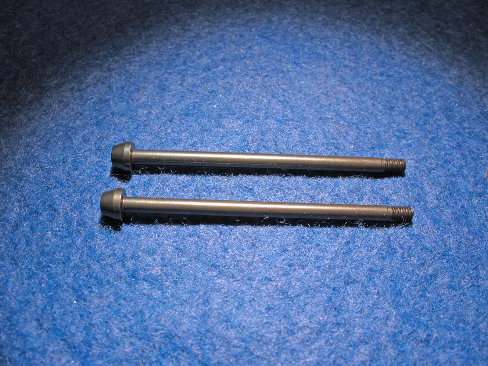 Outer hinge pin rear 3MM