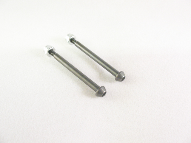 AE 1/10 Front outer captured pins